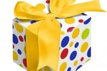 Подарки к юбилейным и  праздничным датам: учитываем расходы, платим налоги